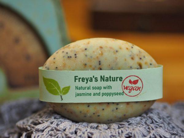 natural soap jasmin en poppyseed cosmic beauty zoetermeer